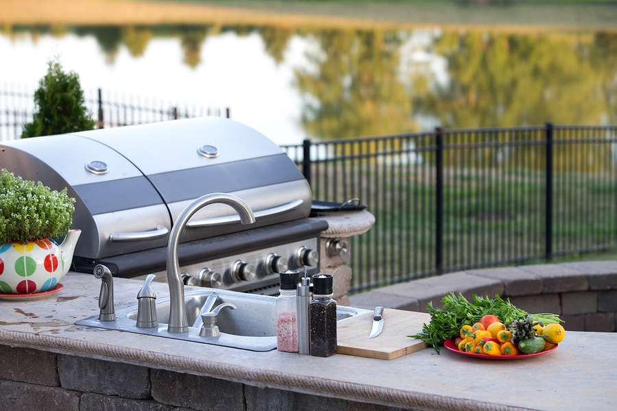 The Basics of Outdoor Kitchen Design