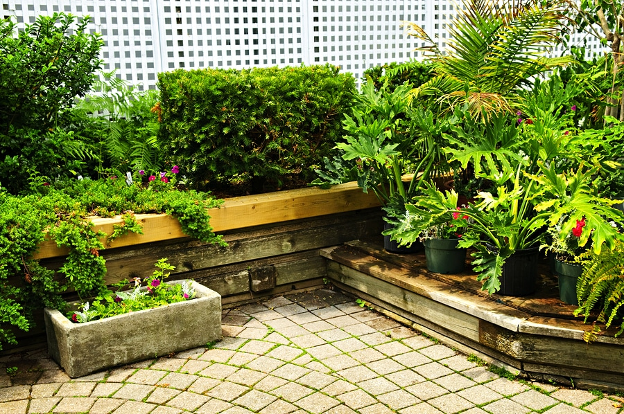 Use a Landscape Retaining Wall to Extend Your Yard